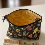 Open Wide Zipper Bag tutorial