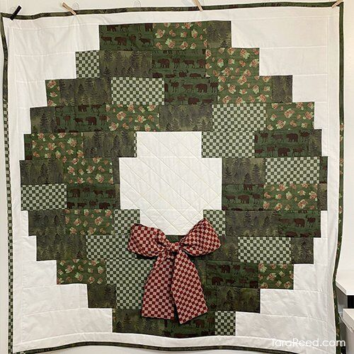 Christmas Wreath Wall Hanging or Throw Quilt