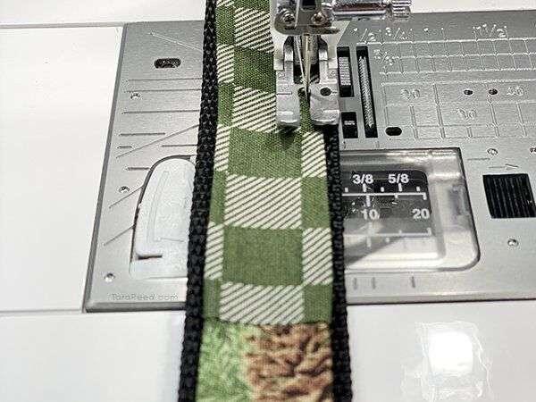 Make your own Dog Collar on Nylon